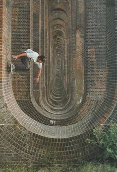 FFFFOUND! #down #ride #skateboarding #wall #architecture #pipe #up