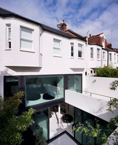 """PLASTOLUX """"keep it modern"""" » Mews 02 - Andy Martin Architects #patio #architecture #home"""