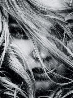 Magdalena Frackowiak для зимнего номера Vogue Germany