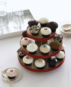 Cupcake Tower - Wedding Cupcakes - Sprinkles Cupcakes #cupcake