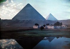 Egypt, 1920s, in colour « How to be a Retronaut #pyramid #egypt #photography #giza