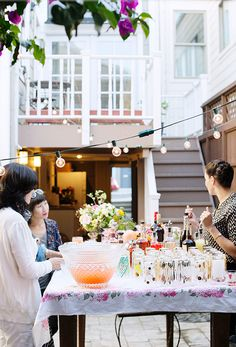women & whiskies, the perfect mix! / sfgirlbybay #interior #design #decor #deco #decoration