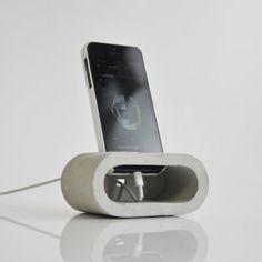 Speaker Dock by HOBBY:DESIGN #minimalist #mininimalism #speaker