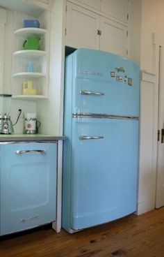 Beautiful Photos of Big Chill Appliances in some of our favorite kitchens #big #retro #fridge #blue #chill