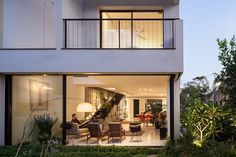 Contemporary townhouse in Tel Aviv