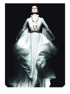 tumblr_m5tludbjKi1r4qyf7o1_1280.jpg (JPEG Image, 595×794 pixels) #fashion #antidote #magazine