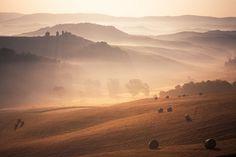 misty-morning-tuscany-landscape.jpg (950×633) #jens #fersterra #toscana #landscape