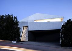 Sunny and Elegant Montee Karp Residence - #architecture, #house, #housedesign, home, architecture