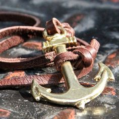 Fancy Leather Anchor Bracelet #tech #flow #gadget #gift #ideas #cool