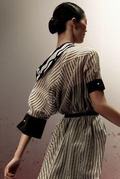 Merde! - Fashion photography (Viktor & Rolf Spring 2011... #fashion