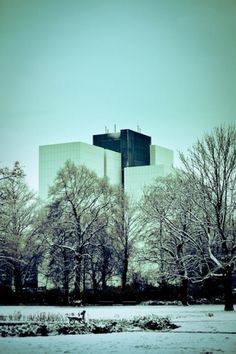 Flickr: Ihr Fotostream #leipzig #park #bcherei #library #deutsche #national #winter