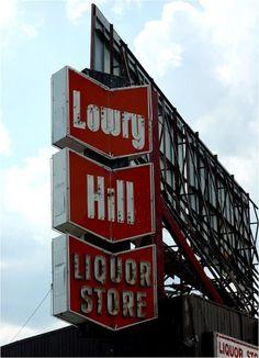 :: aphotoaday.ca #store #liquor #minneapolis