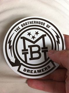 FFFFOUND! #badge #icon #crest #monogram #logo #sticker