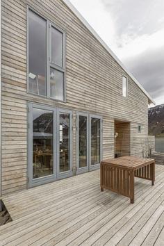 Prefabricated Wooden House by Gláma Kím Architects 7