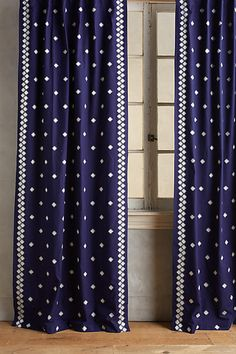 Sindri Curtain, Anthropologie