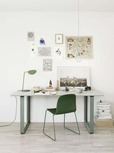 table 70/70, Muuto 1150€ / 1350€ #interior #furniture #desk #workspace #green