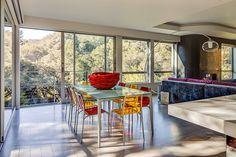A Rejuvenated Circa 1980 Modernist House / Mark Brand Architecture