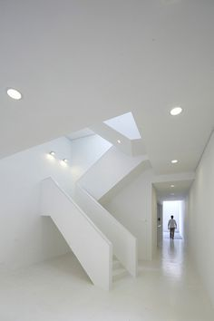 http://blog.leibal.com/interiors/residential/gallery-house-2/ #interior #design #minimalism