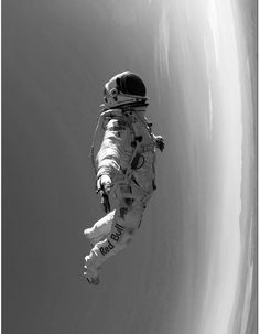Technosoul #explorer #gravity #white #nasa #astronaut #zero #fi #sci #black #space #floating #weightless #and #man #suit