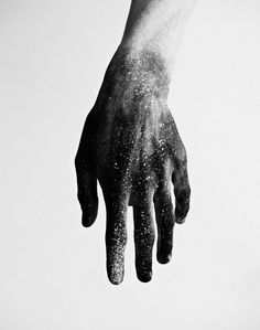 Jouke_Bos 01.jpeg (897×1140) #space #monochrome #double #exposures #overlay #hand