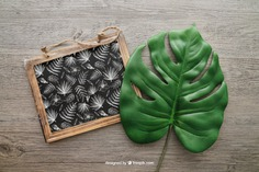 Chalkboard and leaf Free Psd. See more inspiration related to Mockup, Leaf, Chalkboard, Mock up, Up, Objects, Things, Composition and Mock on Freepik.