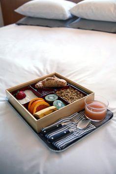 Dailymovement #breakfast #fresh #fruit #food #bed #juice