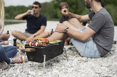 Knister: Portable Summertime Grill - IPPINKA The Knister grill offers the perfect solution for city people who want to enjoy a good BBQ. The Knister is a portable grill that is perfect for day trips, traveling, and city people who don't have access to a regular BBQ grill.