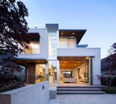 Mackenzie Heights House by Frits de Vries Architects