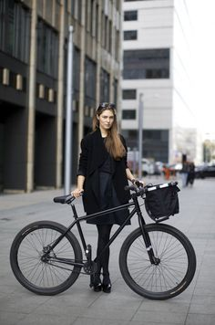 IMG_3438 #bicycle #girl #cyclist #classic #black #bike #fashion #style