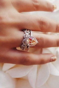 Morganite's beautiful, feminine colors are a result of the presence of manganese. Morganite engagement rings can be a good alternative to the traditional diamond engagement rings.