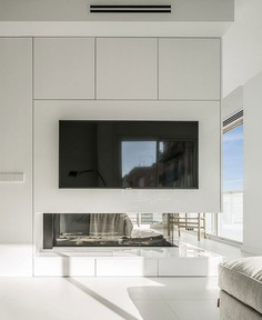 Susanna Cots Designs an Apartment Inspired by a Luxurious Suite Beside the Sea - InteriorZine