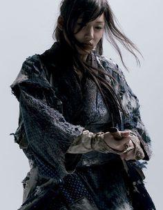 andrew.berg #ragged #woman #sword #samurai #warrior