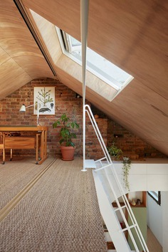 Hoa House: Conversion of a 150-Year-Old Melbourne Hotel by IOA Studio