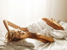 Feaverish Photography Blog - Page 4 #golden #woman #sheets