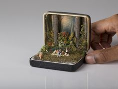 Little Scenes in Jewellery Boxes – Fubiz™ #miniature #art #box #jewellery