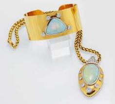 High-Quality Opal-Set