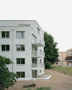 Kreuzwiesen by HDPF