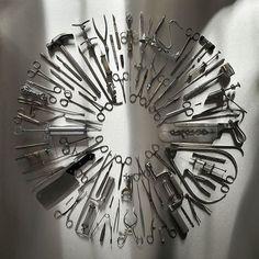 "Carcass revela nueva foto de portada ""Surgical Steel"" #steel #ian #surgery #tilton #carcass"