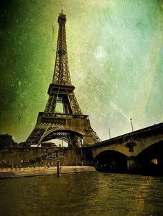 eiffel space #france #design #space #art