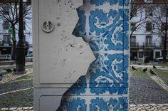 azulejos #cascais #azulejos #tile #graffiti #portugal #azul #art #street