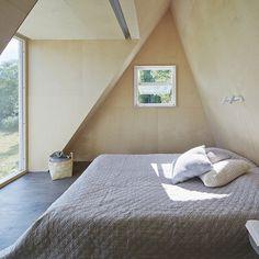 Summer retreat with triangular profile Leo Qvarsebo - HomeWorldDesign (7) #retreat #sweden #architecture #summer