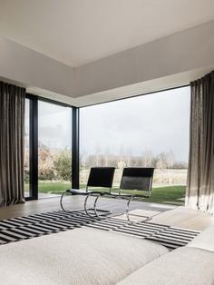 House J-VC by GRAUX & BAEYENS