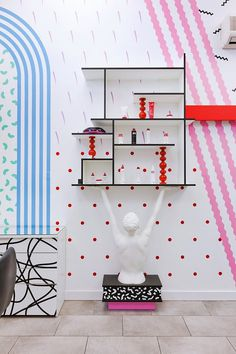 Artistic wall decoration in youthful beauty salon