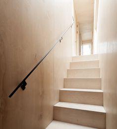 Plywood House by Simon Astridge. #plywood #simonastridge #stairway #minimal