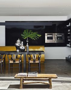 This Cubist House Connects the Expressiveness of Geometric Forms with the Beauty of the Eclectic Interiors 8