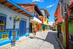 Colorful and Clean Natural Street Photography Of Guatapé, Colombia by Jessica Devnani