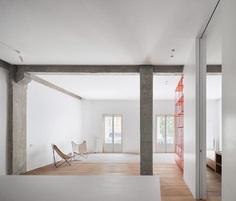 Casa P82 by Lucas y Hernández-Gil