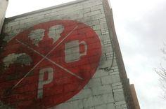 LE POURVOYEUR : Sébastien Bisson #branding #pourvoyeur #wall #painting #le #logo