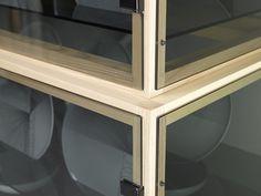 De Intuïtiefabriek #glass #wood #closet #product