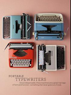 Sara Lindholm #typewriters #vintage